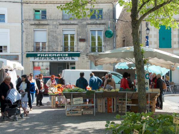 Aulnay Market on Sunday mornings