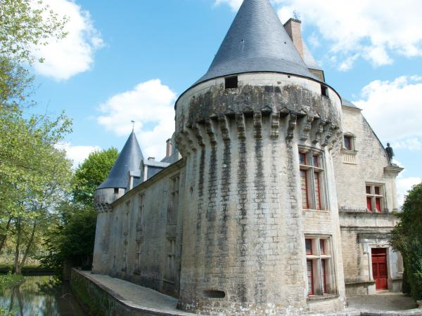 the chateau at Dampierre sur Boutonne