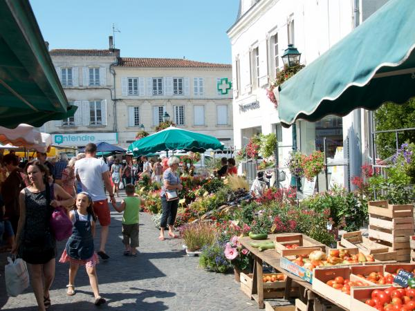St Jean d'Angely Market Day
